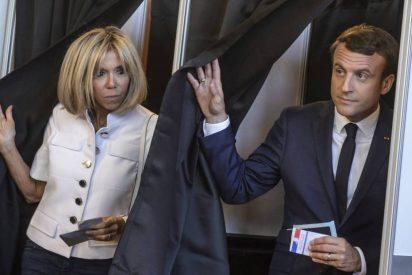 El bello Macron se lo lleva todo