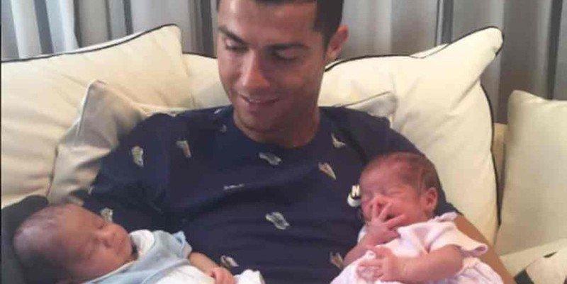 Cristiano Ronaldo sigue mudo comon una estatua y al Real Madrid se le complican las cosas
