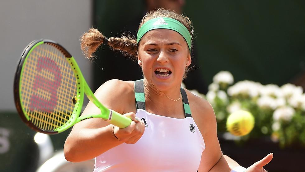 Ostapenko saca a pelotazos a Halep y se corona campeona en Roland Garros