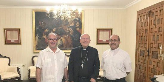 El Obispo de Jaén se reúne con el Presidente de Mensajeros de la Paz en Jordania