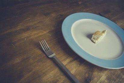 La excéntrica pareja que lleva 9 años alimentándose de 'la energía del universo' casi sin comer
