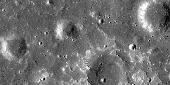 Descubren nuevos secretos sobre la Luna gracias a estas impresionantes imágenes de la NASA