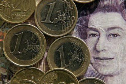La libra baja un 2% tras las elecciones, pero la Bolsa de Londres sube más de un 1%