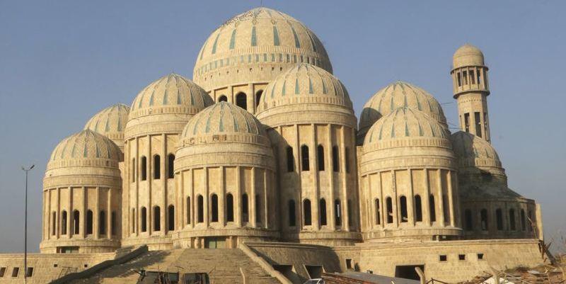 Los fanáticos del Daesh destruyen la mezquita donde Al Bagdadi proclamó su 'califato'
