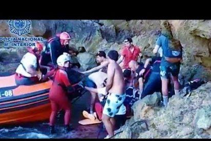 [VÍDEO] El hombre que cayó de 10 metros haciendo fotos fue rescatado por un policía fuera de servicio