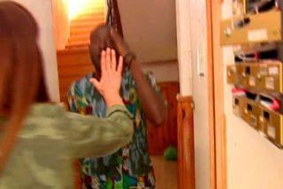 La aterradora paliza que le meten unos okupas a un cámara de Ana Rosa en Lavapiés