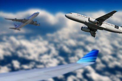 [VÍDEO] ¡Insólito!: Un globo meteorológico capta de cerca el vuelo de un Airbus