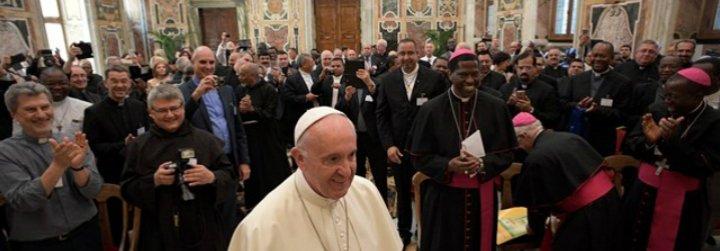 """El Papa alienta a las Obras Misionales Pontificias a """"la búsqueda de caminos nuevos"""" en la evangelización"""