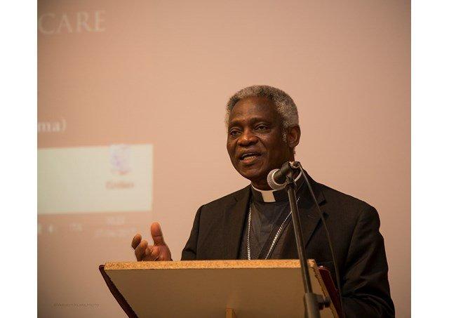 El Vaticano llama a redoblar esfuerzos contra los estragos de las adicciones