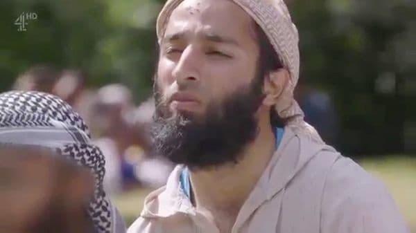 Uno de los terroristas de Londres estaba bajo fianza... y muy cabreado porque la policía 'provocó' un infarto a su madre