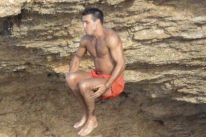 Mario Casas, 'luce palmito' en Ibiza
