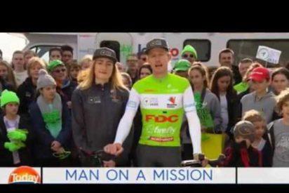 [VÍDEO] El increíble ciclista que recorrerá 18,000km en 180 días en Australia por una buena causa