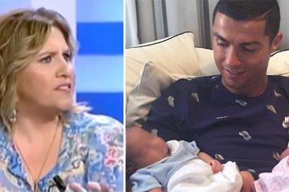 """Cristina López Schlichting zancadillea a Cristiano Ronaldo por """"comprarle dos hijos a una mujer usada como vasija"""""""