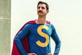 Las redes revientan de risa con la foto de Dani Rovira caracterizado como 'SúperLópez'