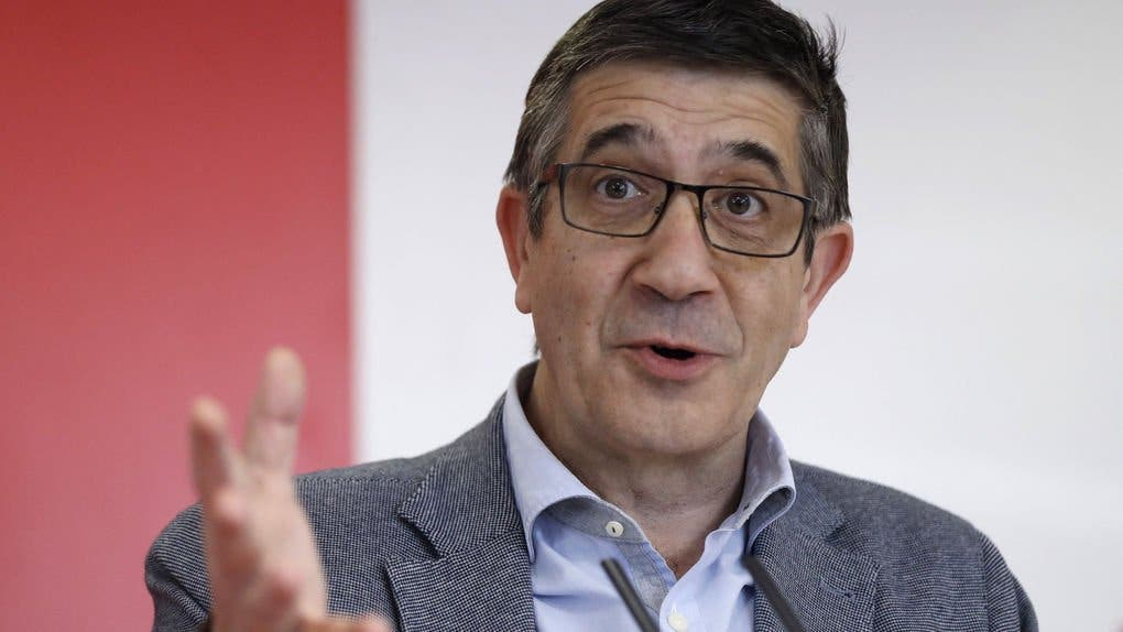 El insumergible Patxi López encuentra empleo en la Ejecutiva de Pedro Sánchez