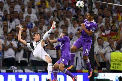 Florentino Pérez se carga a un jugador del Real Madrid en la fiesta de la Champions League