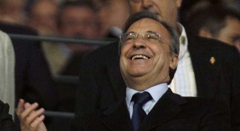 Florentino Pérez acepta una oferta de locura por James Rodríguez ( y el equipo es un bombazo)