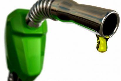 El gasóleo repite mínimos en España tras abaratarse un 0,7% por la caída del petróleo