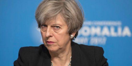 Theresa May choca con la firmeza de Angela Merkel frente al Brexit