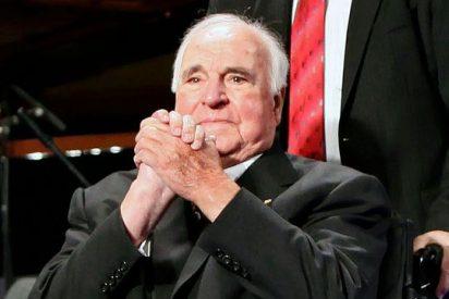 """El Papa, a Khol: """"gran hombre de Estado y convencido europeo"""""""