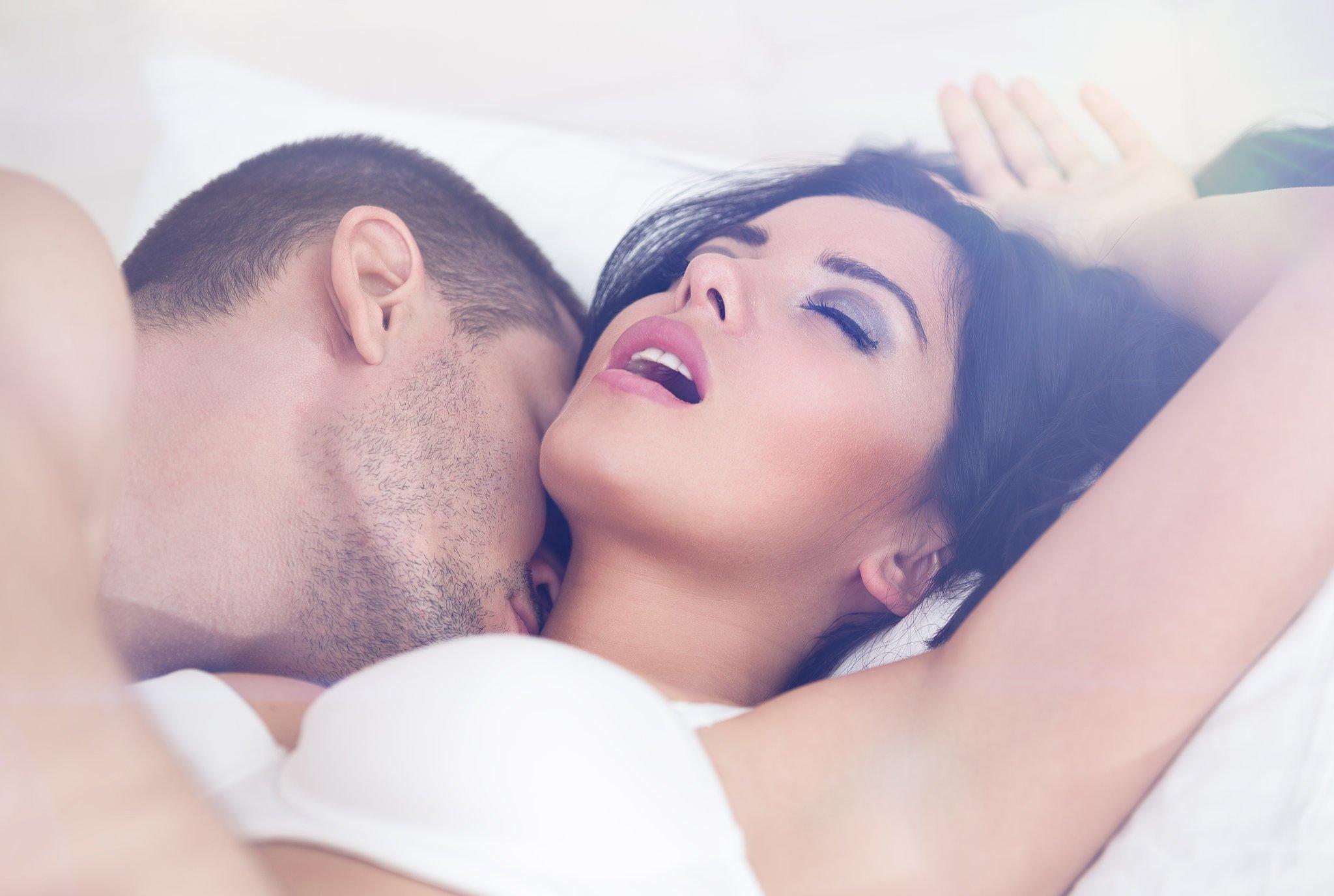 Sexo: ¿Sabes cuántos polvos tendrías que echar al mes para cumplir tu cupo?