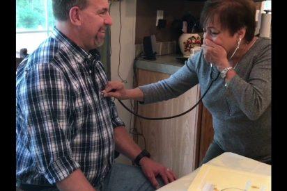[VÍDEO] La emocionante reacción de esta madre al escuchar el corazón de su hijo fallecido en otro hombre