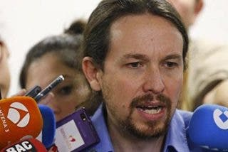 Pablo Iglesias se presentará en el Congreso sin limpiarse la camisa del bochorno y del ridículo de su moción a Cifuentes