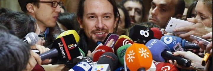 Pablo Iglesias sigue mofándose de la libertad de expresión y veta a El País, la SER, El Periódico, El Independiente y OKDiario de un desayuno