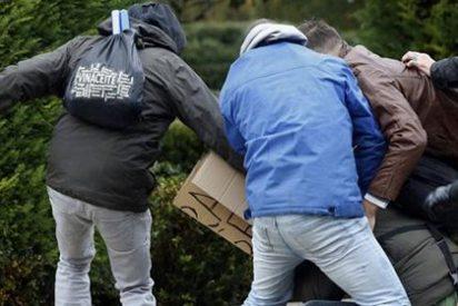 Descomunal paliza a un joven por llevar una camisa con la bandera española