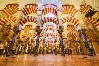 """El Cabildo afirma que la """"falsa polémica"""" sobre la Mezquita es """"un ataque a los católicos"""""""
