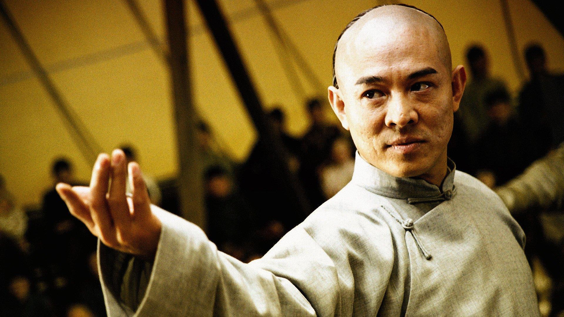 [VÍDEO] La feroz pelea entre un enano puñetero y el maestro de Kung-fu