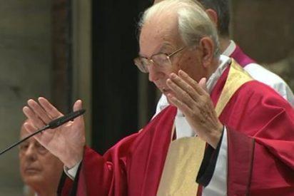 El cardenal Re, vicedecano del Colegio de Cardenales