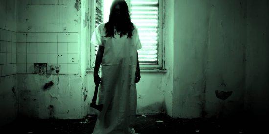 El fantasma 'carnicero' que aterroriza a un pueblo y pega a los policías