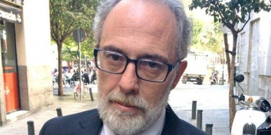 Pablo Iglesias, como los batasunos en los 'años del plomo' de ETA