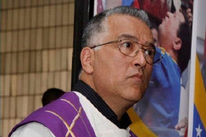 El padre Molina llama a aislar la violencia en Venezuela