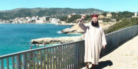 [VÍDEO] Con estas barbas se paseaba el líder yihadista por Mallorca buscando fieles