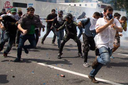 Asalto al poder y violencia política