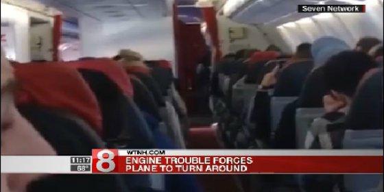 [VÍDEO] El espantoso momento en que un piloto pide a los pasajeros que empiecen a rezar