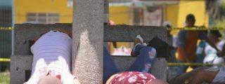 México: Así roban los despiadados rateros a cuatro moribundos en un parque de Tabasco