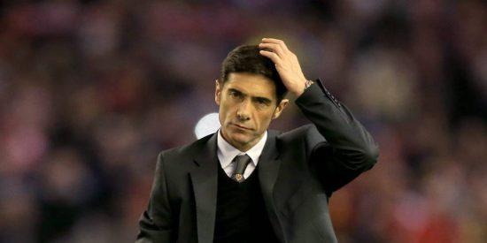 Marcelino pasa otra vez el 'hacha' por la plantilla del Valencia (y luego descuelga el teléfono)