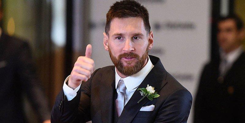 Leo Messi renueva con el Barça hasta 2021 y con 300 millones de cláusula