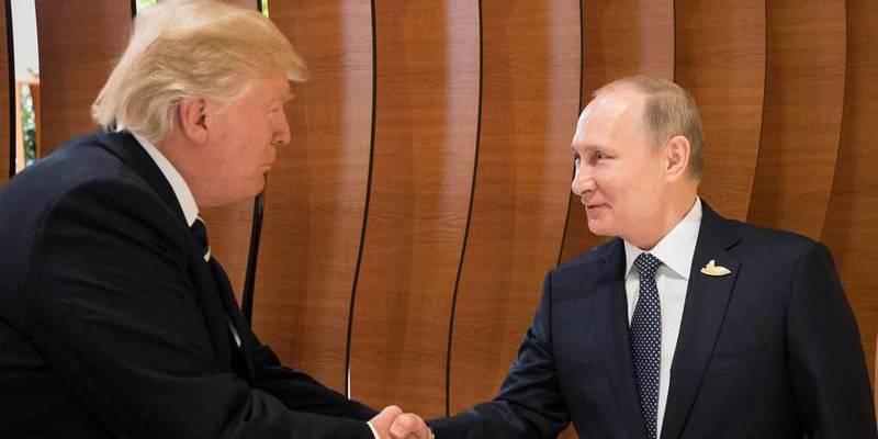 G20: Melania Trump, atrapada por los manifestantes antisistema