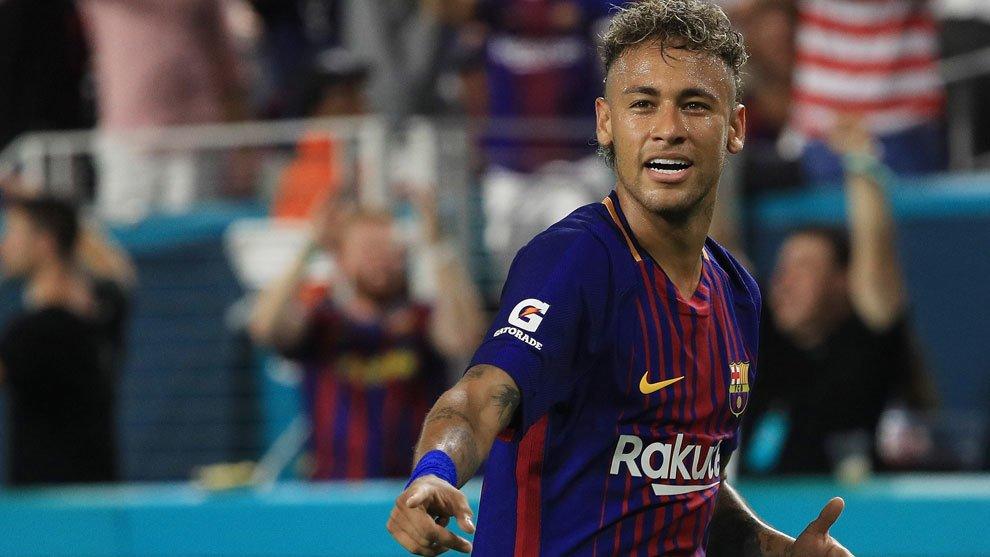 Los detalles de la gran presentación que el PSG prepara para Neymar (con recadito a Messi)