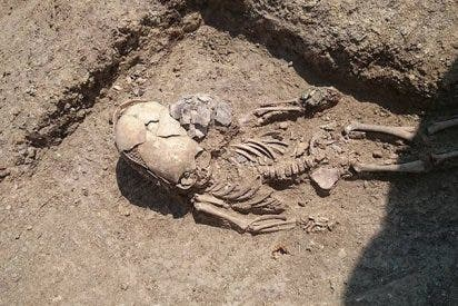 ¿Es esta la tumba real de un extraterrestre?