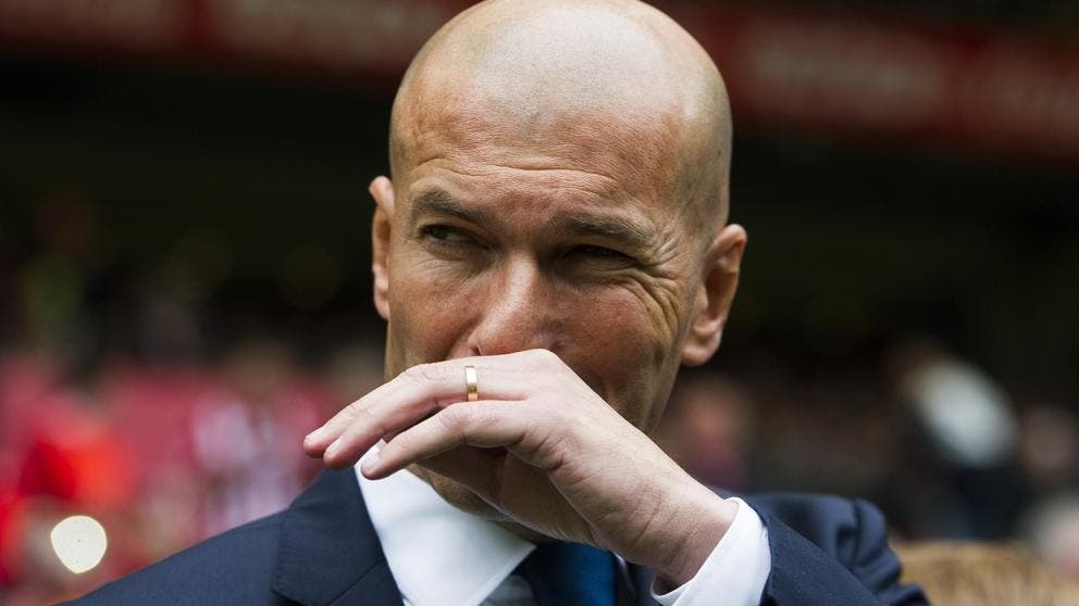 Zidane pone dos fichajes sobre la mesa de Florentino Pérez (uno conocido y otro 'bomba')