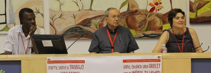 """Antonio Algora: """"Esta economía convierte a los trabajadores en descartados"""""""