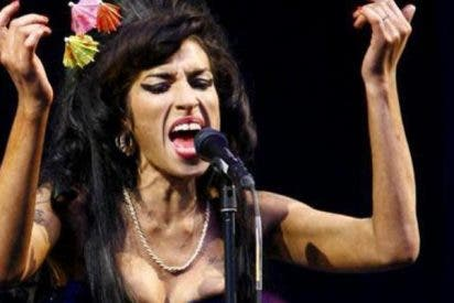 Amy Winehouse: Alcohol, drogas, bulimia y muerte