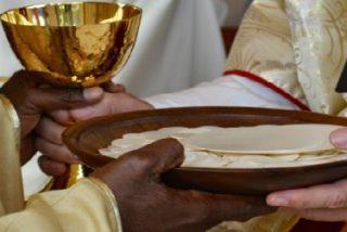 """Culto Divino exige comprobar la """"idoneidad"""" de la materia eucarística y la """"honestidad"""" de las personas que la preparan"""