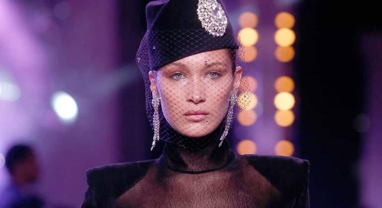 Bella Hadid 'luce como nadie' las transparencias de Alexandre Vauthier