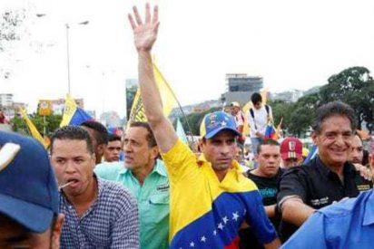 Al dictador Nicolás Maduro sólo le sostiene ya la violencia